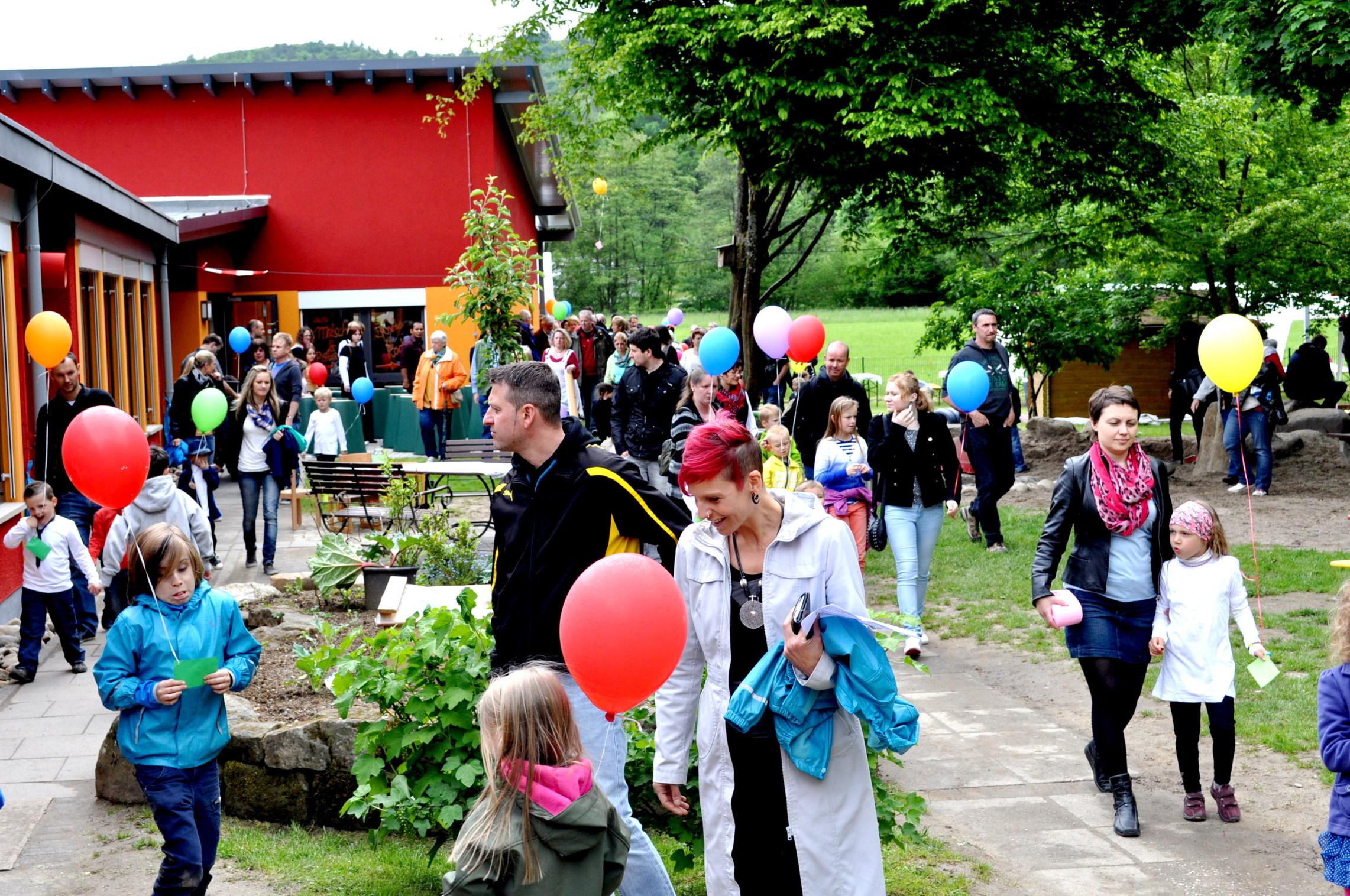 Kita-Scheuern-Einweihungsfeier am 10.Mai 2014_E 1